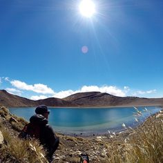 "@Teresa Aiken Rey's photo: ""The basin that came to be. #newzealand#nz#north#northisland#tongariroalpinecrossing#tongariro#alpine#crossing#trek#trekking#trekkingnz#trekkingpole#tramp#tramping#nationalpark#park#lake#crater#basin#kathmandu#adidas#theheadware#northface#autumn#fall"""