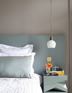 Clearly a very well thought out design! slick_geometric_bedroom_table_and_headboard_design Bedroom Table, Bedroom Lamps, Home Bedroom, Bedroom Mint, Wall Lamps, Bedroom Colors, Bedroom Sets, Pendant Lighting Bedroom, Bedside Lighting