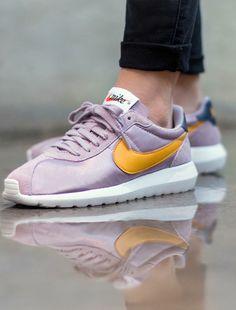 a118f9da2d51 663 Best Sneakers  Nike Roshe Run images