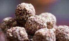 Cioccolatini ripieni al cocco pronti in due minuti   I dolcetti di Paola