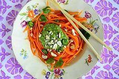 Porkkanapasta ja korianteripesto - Reseptit - Ilta-Sanomat