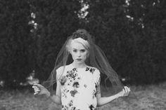 Unique bridal veil   Lara Hotz Photography   see more on http://burnettsboards.com/2014/02/colors-incredible-inspiration-shoot/