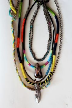 DIY: Brighten Up Your Jewelry With Neon Thread!  http://blog.freepeople.com/2011/11/diy-neon-jewelry/