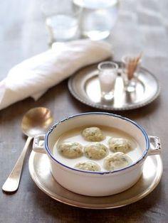 burgonya krémleves medvehagymás csirkegombócokkal Soup Recipes, Cooking Recipes, Healthy Recipes, Healthy Meals, Recipies, Hungarian Recipes, Hungarian Food, Tapas, Clean Eating