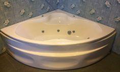 FINN – Hjørne boble-badekar gis bort