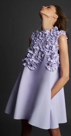 Vogue Paris, Fashion 2020, Fashion Show, Fashion Trends, Mode Purple, Day Dresses, Casual Dresses, High Fashion Dresses, Style Haute Couture