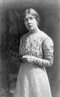 This is Sylvia Pankhurst in 1909. She is one of the oft-overlooked 'other' Pankhursts, daughter of famous suffragette Emmeline. Sylvia was a radical with a fascinating political and personal story. She was heavily influential in many of the social struggles of the Docklands and poor neighborhoods of the East End, and there is a blue plaque opposite Woodford tube station commemorating her link to the area.