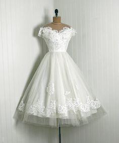 1950's Priscilla of Boston White Chantilly Lace & Tulle Tea Length Wedding Dress