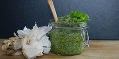 Pesto af skvalderkål Pesto Dressing, Garden Inspiration, Tapas, Nom Nom, Cabbage, Brunch, Coconut, Favorite Recipes, Planter
