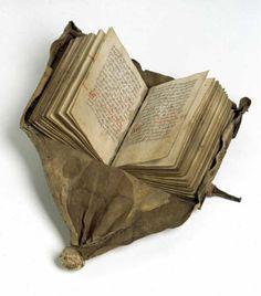 Girdle book - LA LOI DU JUTLAND. C. DANEMARK 1490. THE LAW OF JUTLAND. DENMARK C. 1490.