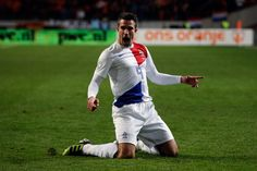 Wayne Rooney and Robin van Persie both netted on Tuesday night in World Cup qualifying. World Cup 2014, Fifa World Cup, Mens World Cup, Laws Of The Game, Van Persie, Man Utd News, Wayne Rooney, International Football, Manchester United