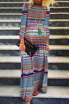 The maternity round neck long sleeve printed color dress with long sleeve is so causla and loose you may like it. #maternitydress #maternitydressescasual #pregnancystyle #pregnancystylesummer #pregnancyoutfits #summerpregnancyoutfits
