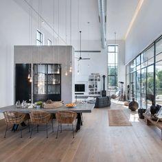 #House in #TelAviv designed by Neuman Hayner #Architects / Photo by Amit Gosher…