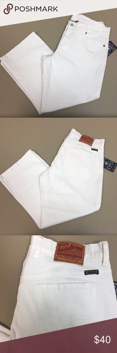 ✨NWT Lucky Brand White Capris NWT size 29 Lucky Brand white classic fit crop/capri jeans!  Stretchy material and a Great look for the summer! **Any questions, just ask! 💥Open to all offers, just hit the make offer button 💥 Lucky Brand Jeans Ankle & Cropped