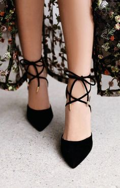 Everyone could benefit from the chic style that the Lulus Dani Black Suede Lace-Up Heels bring! Velvety vegan suede is formed to an unstoppable pointed toe upper, sturdy heel cup, and lace-up vamp with gold aglets. Lace Up Sandals, Lace Up Heels, Floral Sandals, Wrap Heels, Sandals Outfit, Black Sandals, Shoe Boots, Shoes Heels, Dress Shoes