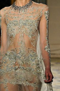 Marchesa RTW FW 2012 detail - beautiful things