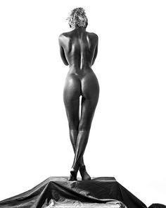 Untitled nude.  With @shastawonder.... . . . #artnude #artisticnude #fineart #fineartnude #fineartphotography #fineartphotographer #art #body #bodyart #passion #bnw #bnwphotography #bnw_captures #bnw_captures #blackandwhite #she #statuesque #beauty #nude #figure #figurestudy