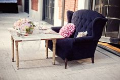 sweet heart table is a love seat!