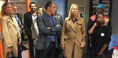 La consellera Neus Munté i l'alcalde de Salt Jordi Viñas en una visita a la nova seu de Casal dels Infants a Salt Foto: J.N.