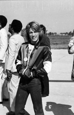 Andy Gibb, Les Bee Gees, Andy Roy, Japanese Figure Skater, My First Crush, 70s Music, Sweet Soul, Friends Family, Hollywood