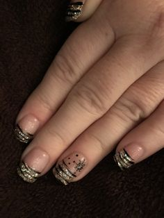 New Years sparkle nails done by #sallee