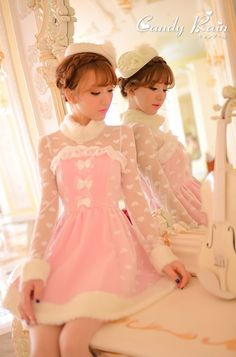 Candy Rain  -  So delicate and sweet, this dress !!! I would be this fantastic Lolita !!! (#Chloe Sissi)