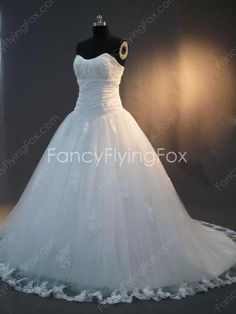 fancyflyingfox.com Offers High Quality Sweetheart Neckline White Tulle Full Length Princess Wedding Dresses Lace Up Back ,Priced At Only US$235.00 (Free Shipping)
