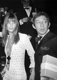 Jane Birkin and Serge Gainsbourg Birkin is wearing the Birkin dress Serge Gainsbourg, Gainsbourg Birkin, Estilo Jane Birkin, Jane Birkin Style, Lauren Hutton, Mundo Hippie, Bianca Jagger, Hippy Chic, Boho Chic