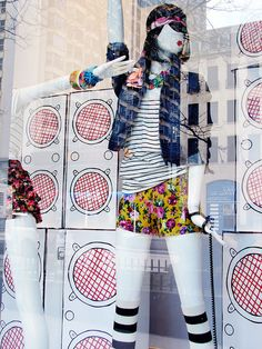 """FOREVER 21,Chicago,USA, """"Life is music play it louder"""", pinned by Ton van der Veer"""