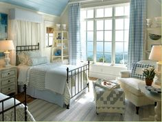 Beachy. Homey. Wonderful. I like this!!!