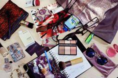What's in My Handbag - courtney smith fashion stylist