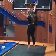 2017 Sabrina Carpenter makes a flying slam dunk at SkyZone Trampoline Park with KISS 95.1 Radio @ Charlotte, NC