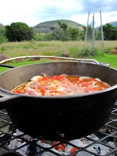 66 Square Feet (The Food): Tomato bredie cooked on the coals
