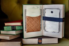 Jessica Claire     Photographer  Jessica Claire  repurposed vintage tomes to create her own literary-inspired wedding invitations.