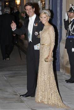 El príncipe Pablo y su esposa, la princesa Marie Chantal, sin duda una de las más elegantes de la noche #royals #royalty #greece