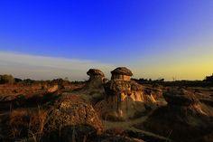 Bukit Jamur Gresik Keunikan Bebatuan Berbentuk Jamur - Jawa Timur