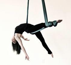 Aerial fitness - nowy wymiar treningu! http://womanmax.pl/aerial-fitness-nowy-wymiar-treningu/
