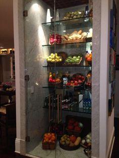 Yolanda Foster sells dream mansion - Küchen Ideen - Home Kitchen Pantry Design, Kitchen Organization Pantry, Modern Kitchen Design, Home Decor Kitchen, Kitchen Interior, Home Interior Design, Organized Pantry, Pantry Ideas, Stylish Kitchen