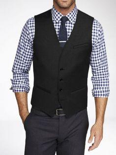 Официален мъжки елек за костюм - стилен, модерен, секси.. бъди всичко това с онлайн магазин Kapriz.eu