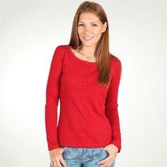 Le rouge : Un basique féminisé, décliné dans les coloris indispensables de la saison.