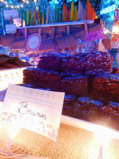 Brownies en la mesa Shabby Rustic de Süss Pastelería