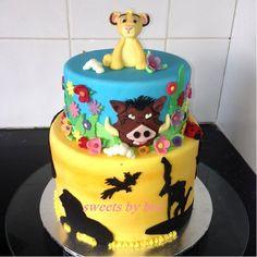 Lion King cake - by SweetsbyBec @ CakesDecor.com - cake decorating website