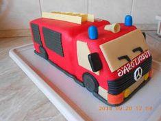 Tűzoltó autó torta recept + összeállítás | zuborandi receptje - Cookpad receptek Car, Automobile, Cars, Autos