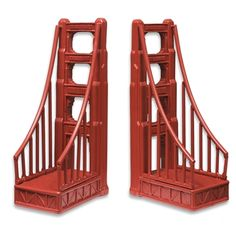I want these SO much! Saw them at a store by the bridge. :) Book Ends - Golden Gate Bridge