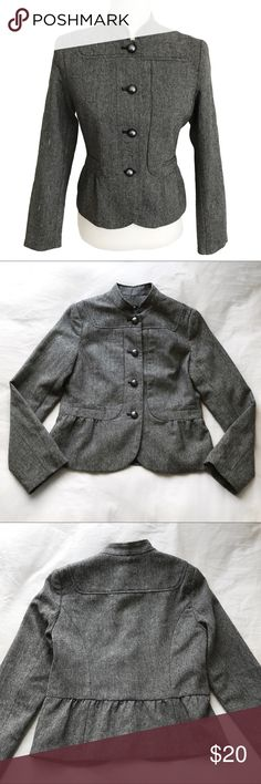 """Apt 9 Gray Stitch Pattern Gathered Front Coat Beautiful stitch pattern coat from Apt 9. Perfect condition; no flaws! Features a grey and white stitch pattern, polyester/acrylic/wool outer material, long sleeves with not cuffs, a decorative gather in the front at the waist, nonfunctional pockets, and metallic shell buttons in front. 18"""" across under arms, 21"""" length, 23.5"""" sleeve. Perfect for fall or winter to keep you warm. Again, perfect condition! Feel free to bundle or make an offer! Apt…"""