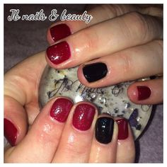 Deep red & black gel polish on natural nails