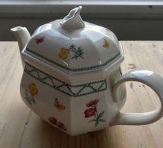 Villetoy & Boch Tekanne, Casa Verd | FINN.no Fine Porcelain, Tea Pots, Tableware, Dinnerware, Tablewares, Tea Pot, Dishes, Place Settings, Tea Kettles