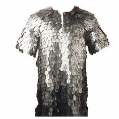 Known as lorica squamata to the Romans, scale armor, like this hauberk of Greek Scale Armor, consists of several metal scales that have been attached to a simple backing material with the intent of creating an effective suit of armor. Suit Of Armor, Body Armor, Renaissance Clothing, Historical Clothing, Dragon Scale Armor, Scale Mail, Costume Armour, Samurai Swords, Medieval Fantasy