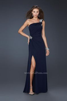 13b66a72e0 ee614eb8a7e53507b34aeb88b90fc352--evening-dresses-online-cheap-evening- dresses.jpg