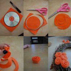 Gunakan bahan felt untuk membuat bunga mawar kreasi SIS sendiri.
